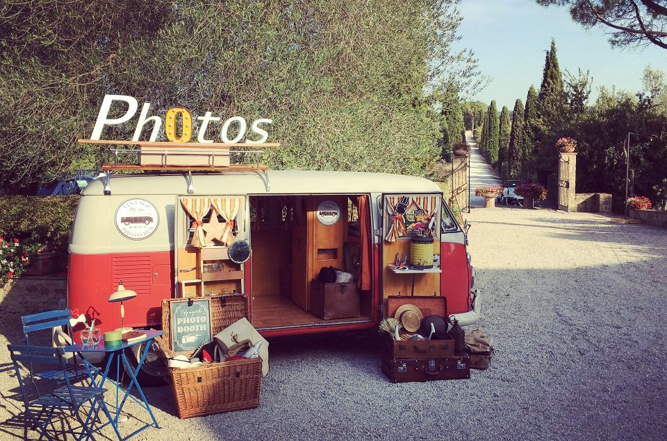 Unconventional Wedding: the Vintage Photo Bus photo booth